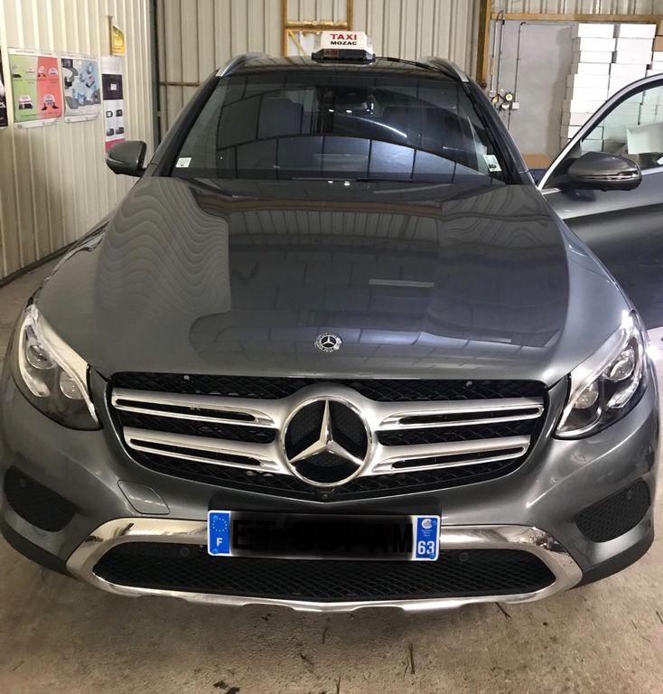 Taxi Mozac: Mercedes