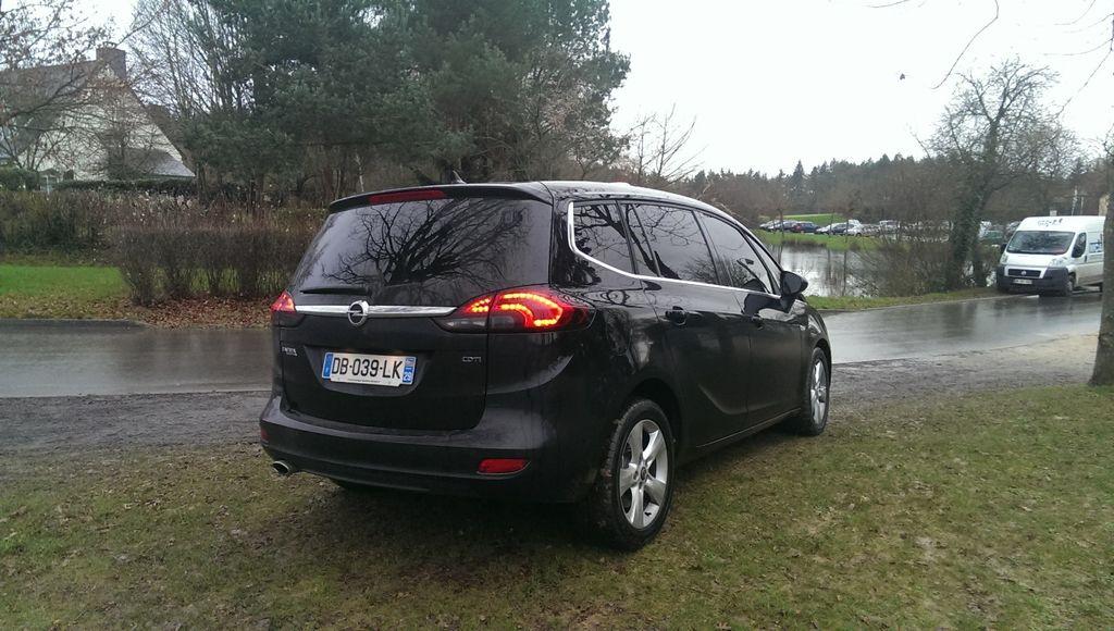 Taxi Noyal-Châtillon-sur-Seiche: Opel