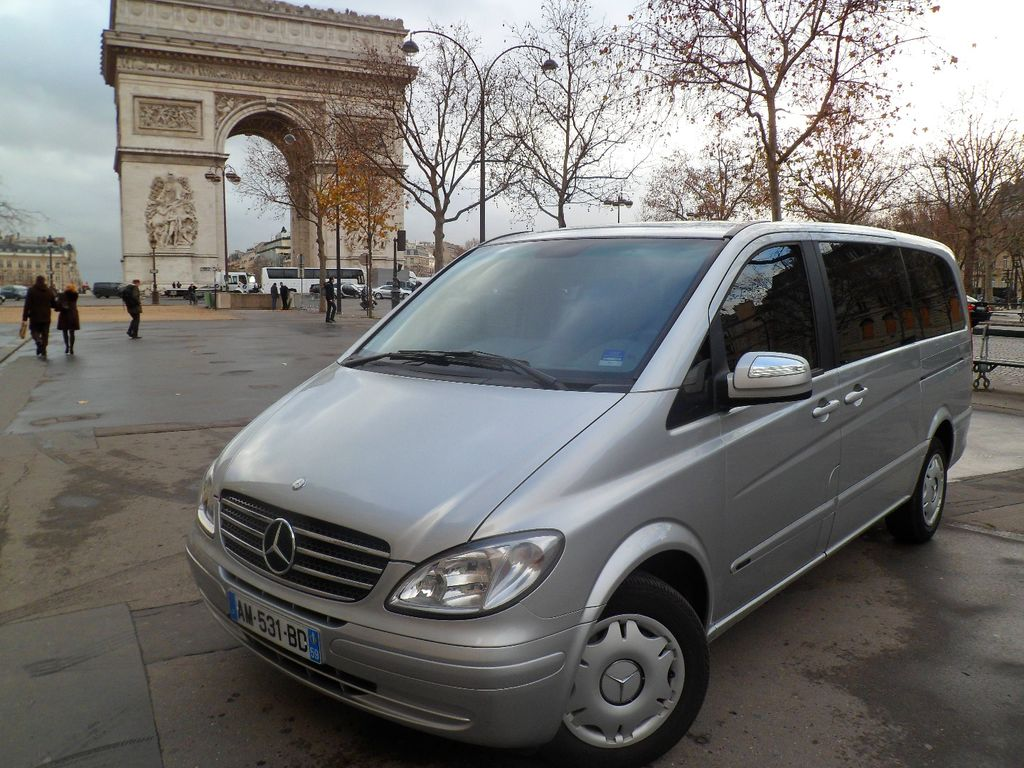 vtc paris 19 me transfer avec chauffeur en r gion parisienne 7 pl. Black Bedroom Furniture Sets. Home Design Ideas