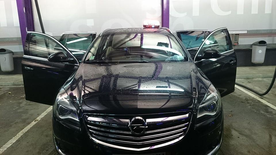 Taxi Artix: Opel