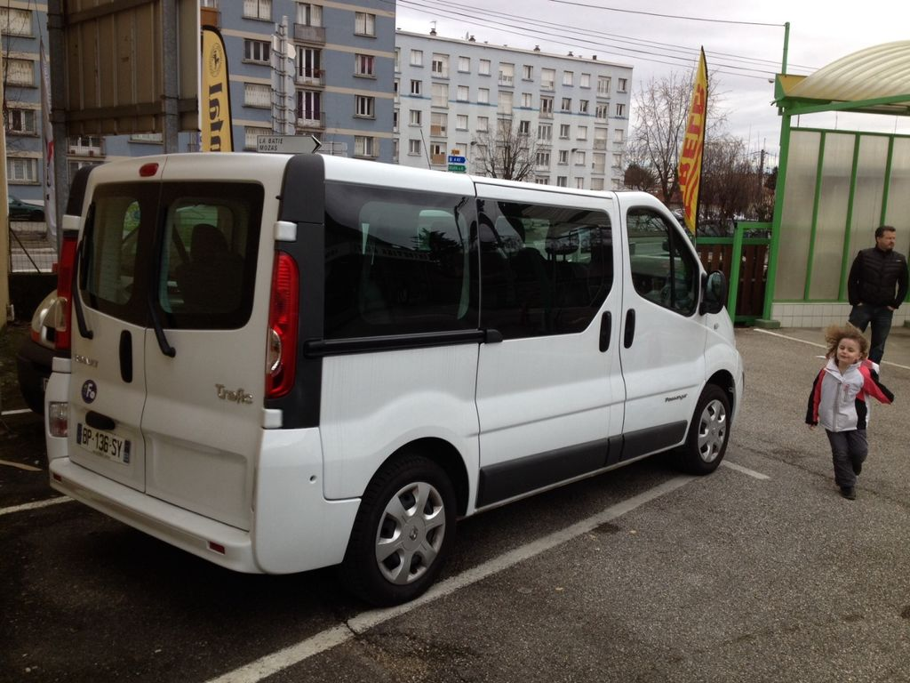 VTC Beaurepaire: Renault