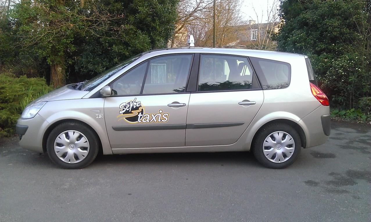 Taxi La Haie-Fouassière: Renault