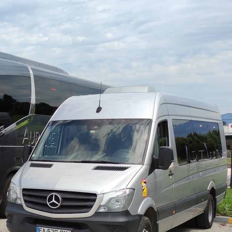 Autocariste Le Pont-de-Beauvoisin: Mercedes