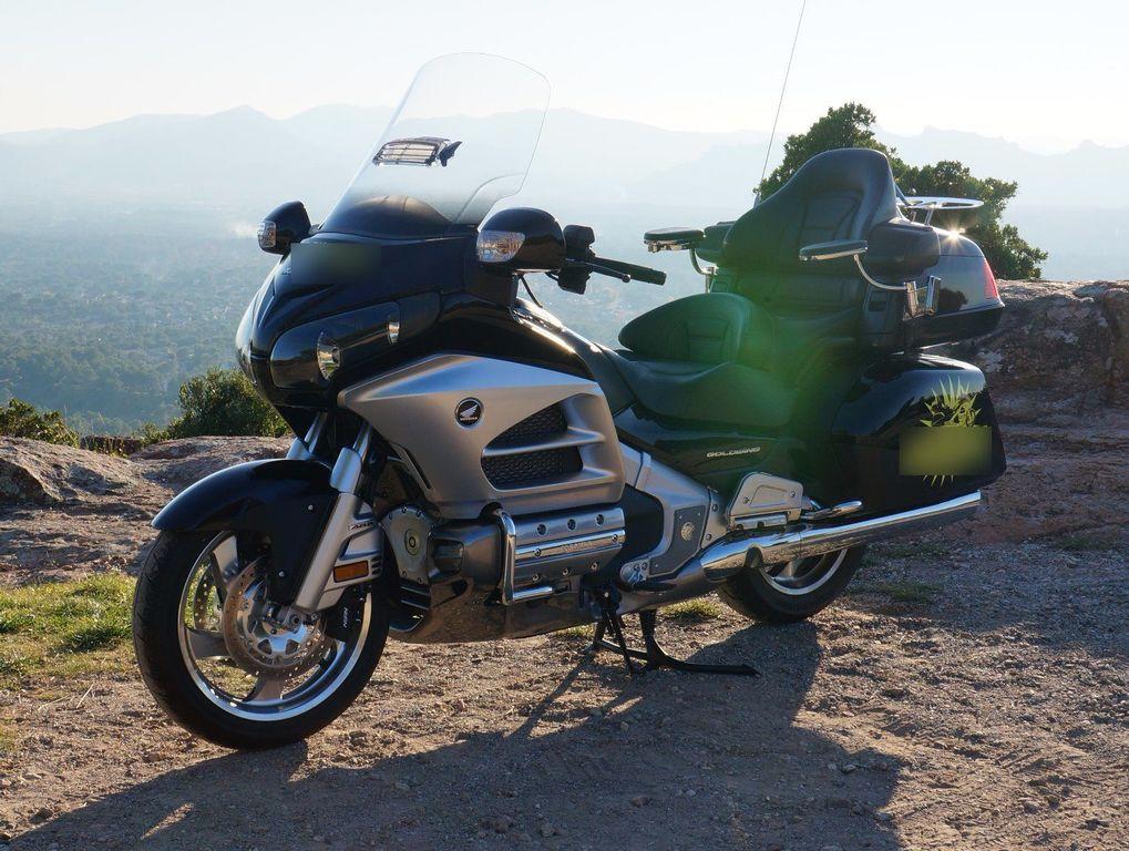 Moto avec chauffeur Roquebrune-sur-Argens: Honda