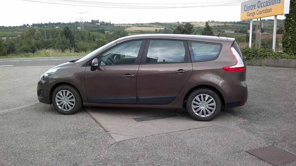 VTC Mons-en-Baroeul: Renault