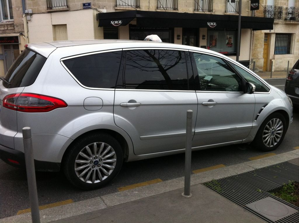 Taxi Bordeaux: Ford