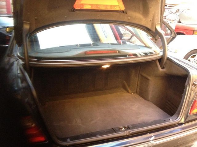 Taxi Montrouge: Mercedes