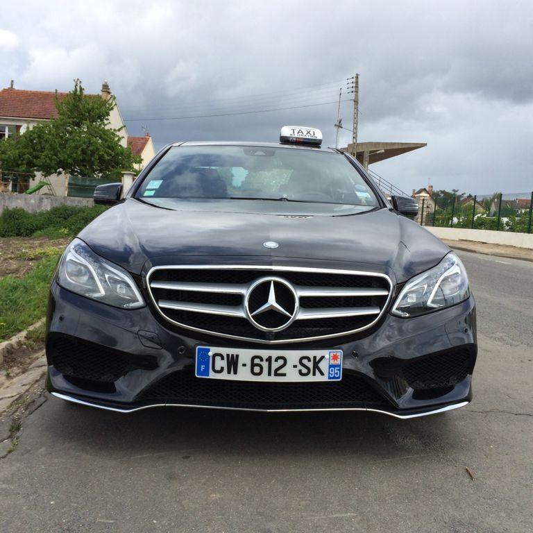Taxi Saint-Gratien: Mercedes