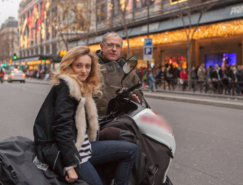 Moto avec chauffeur Suresnes: Honda