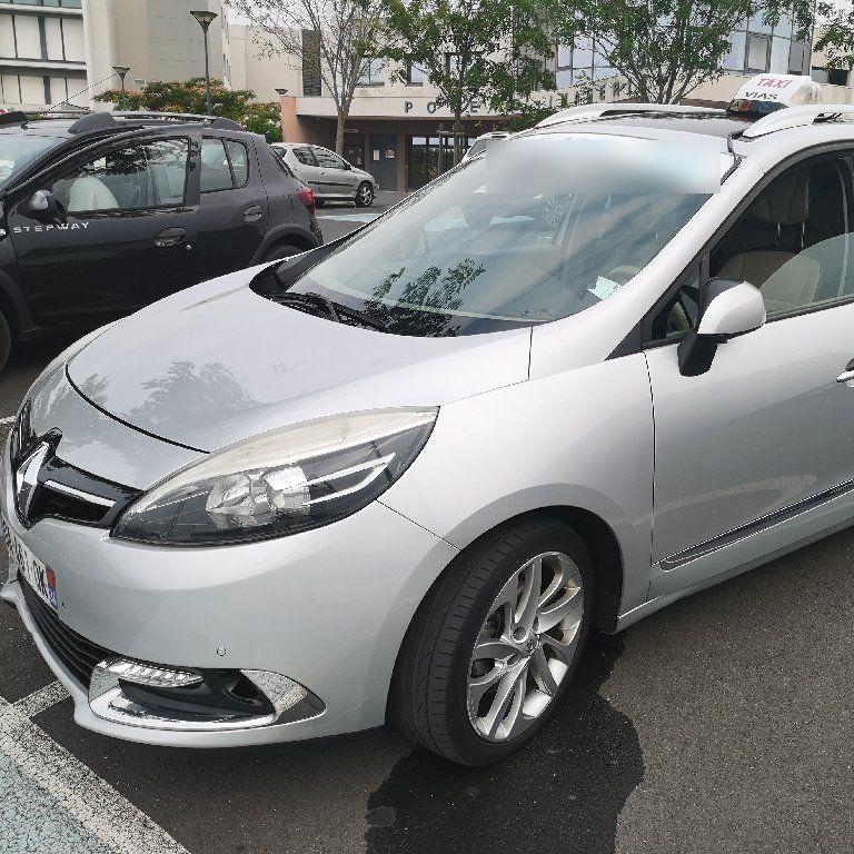Taxi Vias: Renault