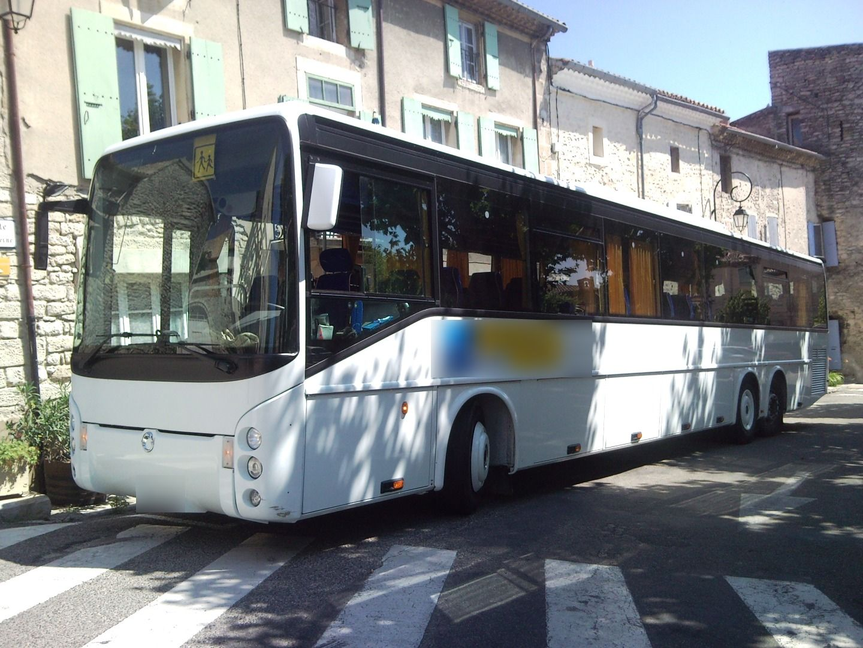 Autocariste Nyons: Irisbus