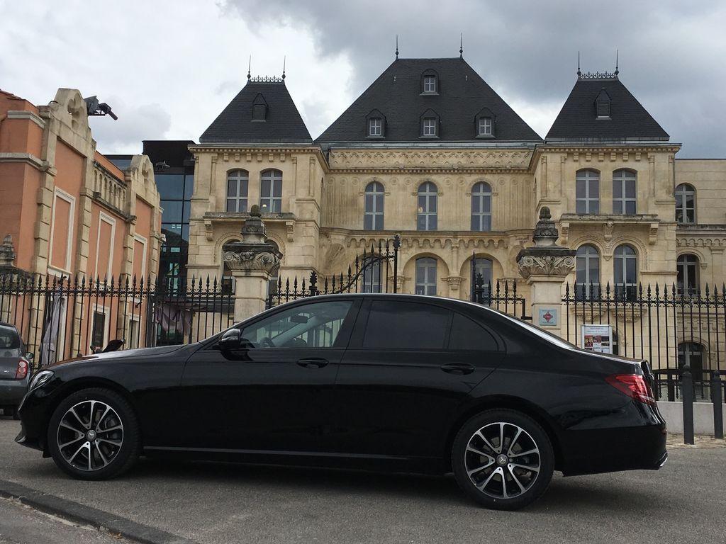 VTC Plan-de-Cuques: Mercedes
