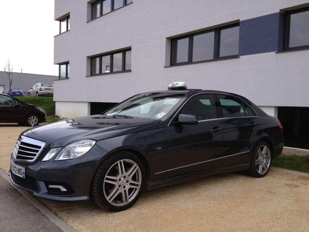 Taxi Jarny: Mercedes