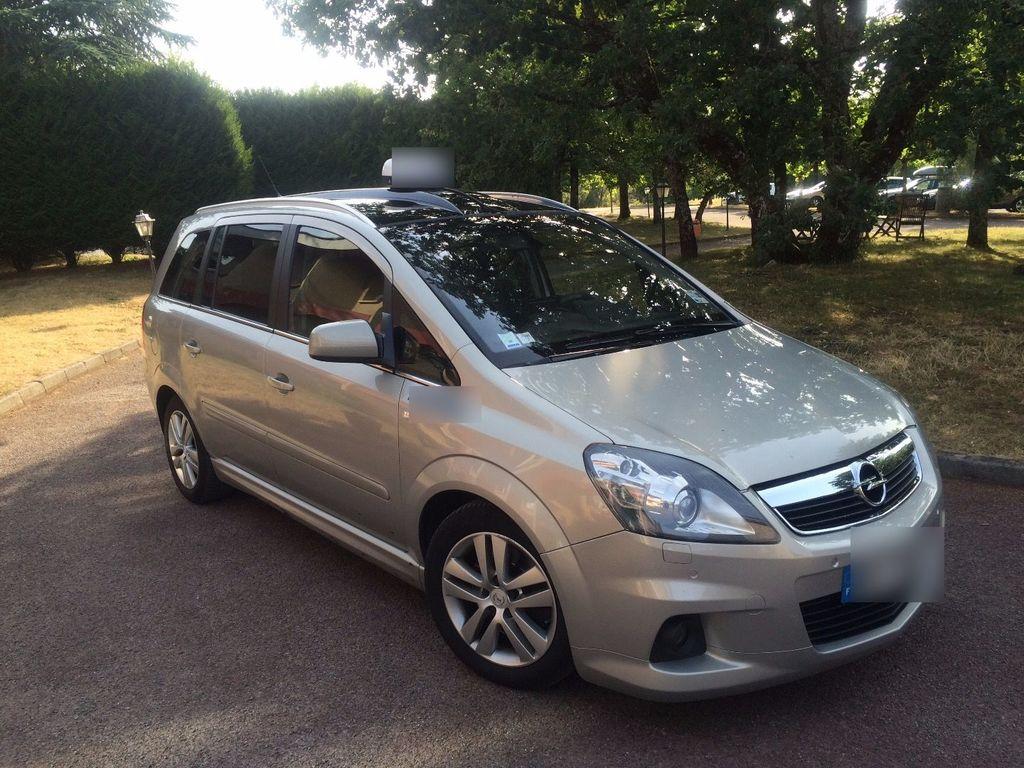 Taxi La Loubière: Opel