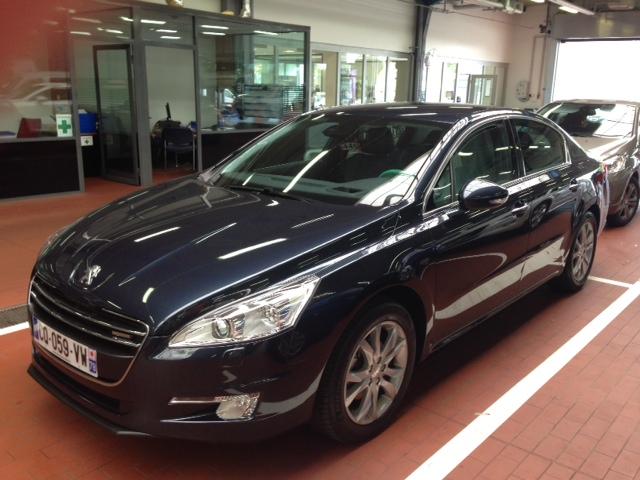 VTC Guyancourt: Peugeot