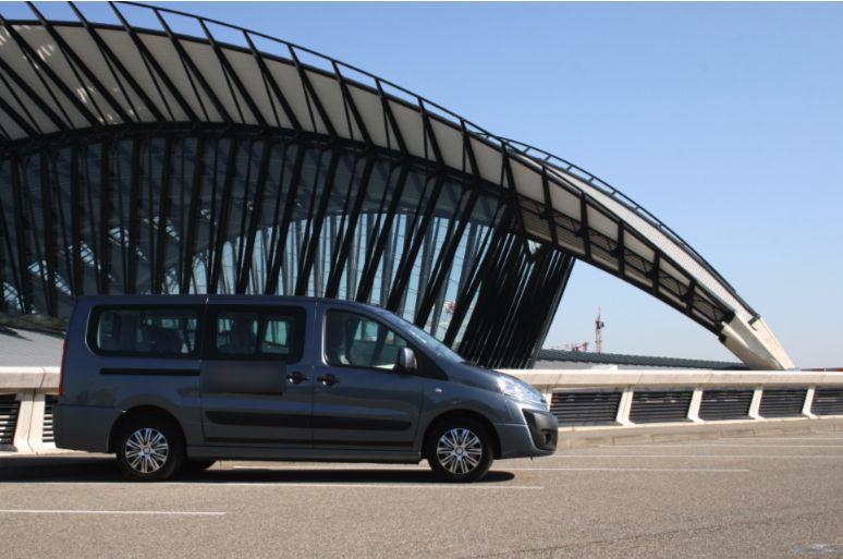 Taxi Charbonnières-les-Bains: Citroën