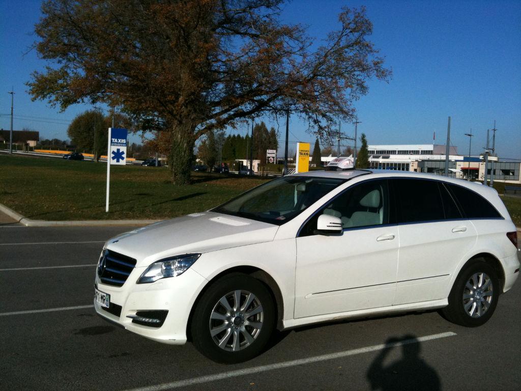 Taxi Argentat: Mercedes