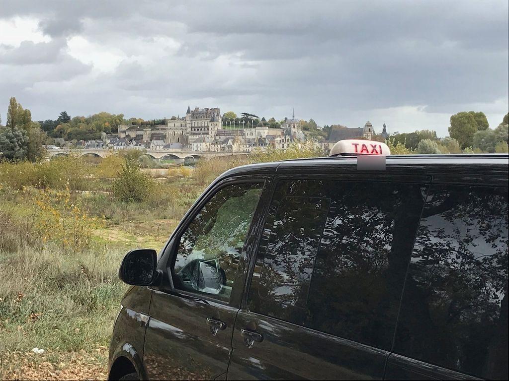 Taxi Rochecorbon: Volkswagen