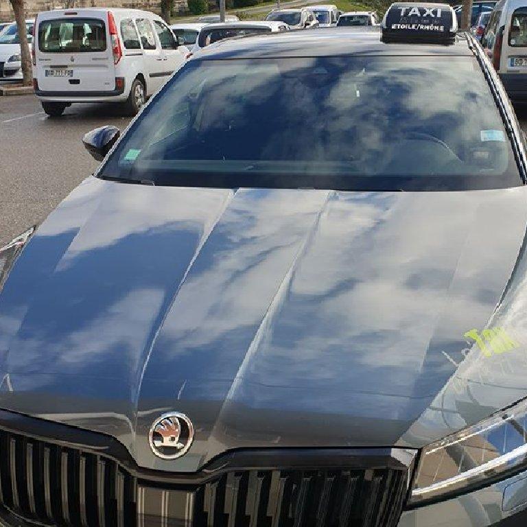 Taxi Bourdeaux: Skoda