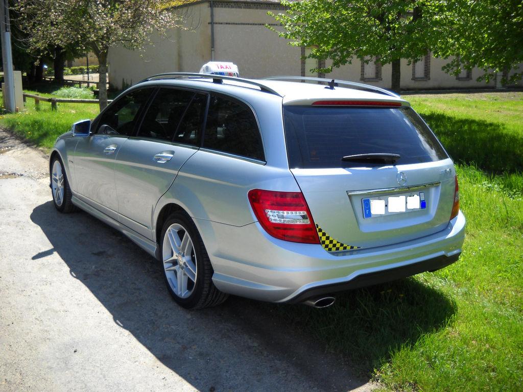 Taxi Vaumort: Mercedes