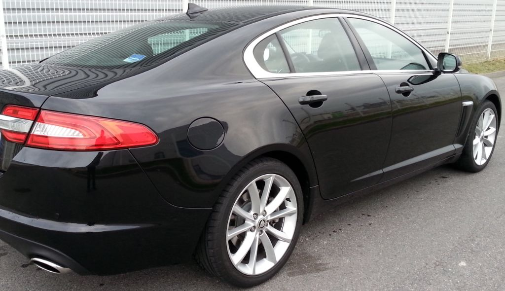 VTC Évry: Jaguar