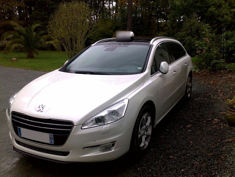 Taxi Plonéour-Lanvern: Peugeot