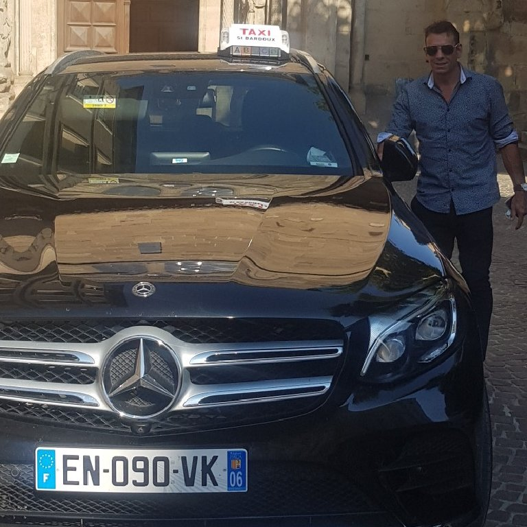 Taxi Mours-Saint-Eusèbe: Mercedes