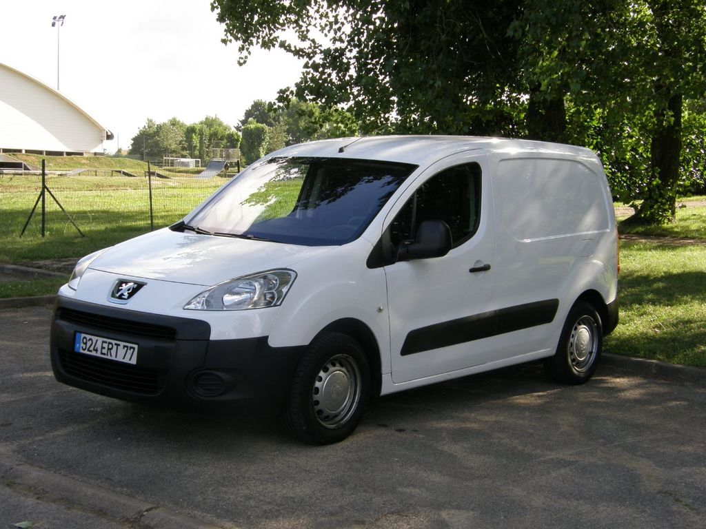 Taxi Croissy-Beaubourg: Peugeot
