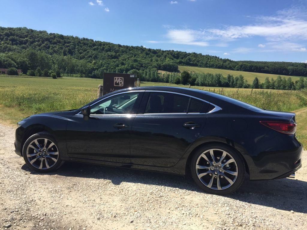VTC Drancy: Mazda