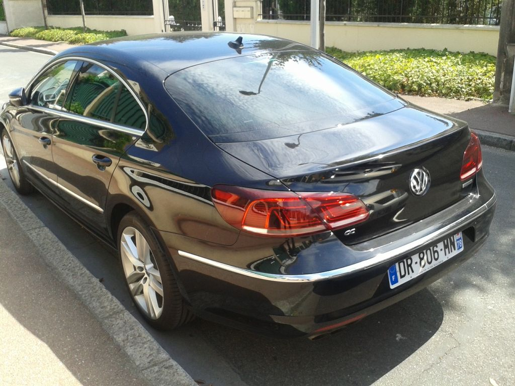 VTC Carrières-sous-Poissy: Volkswagen