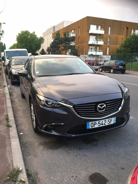 Taxi Garges-lès-Gonesse: Mazda