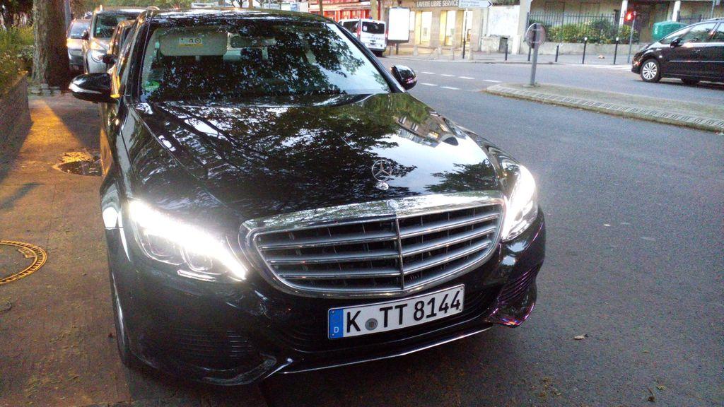 Taxi Saint-Ouen: Mercedes