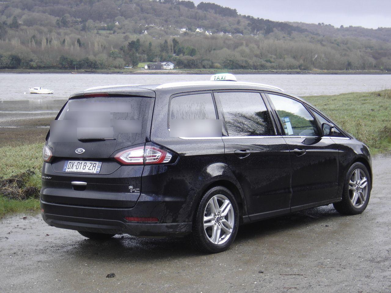 Taxi La Forest-Landerneau: Ford