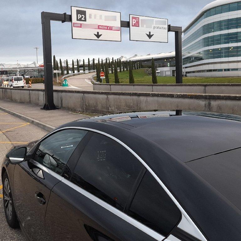 Taxi Fleurieu-sur-Saône: Peugeot
