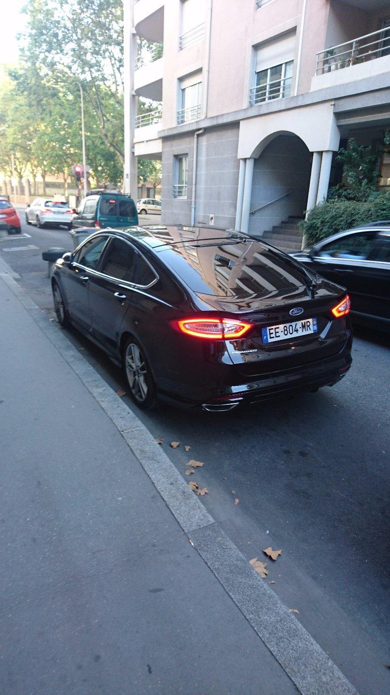 Taxi Fleurieu-sur-Saône: Ford