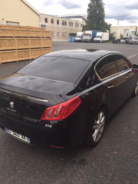 VTC Clichy: Peugeot