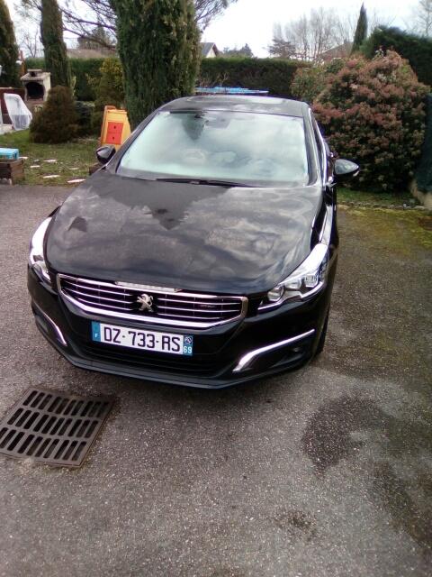 VTC Pusignan: Peugeot