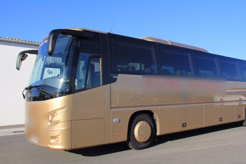 Coach provider Bono: Bova