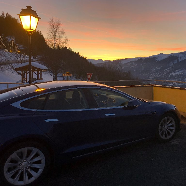 Taxi Aubagne: Tesla