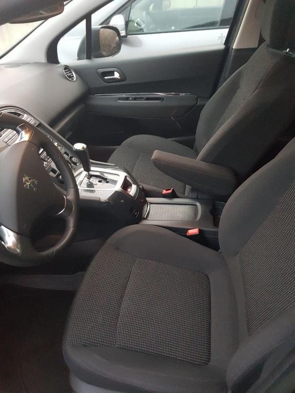 Taxi Vénissieux: Peugeot