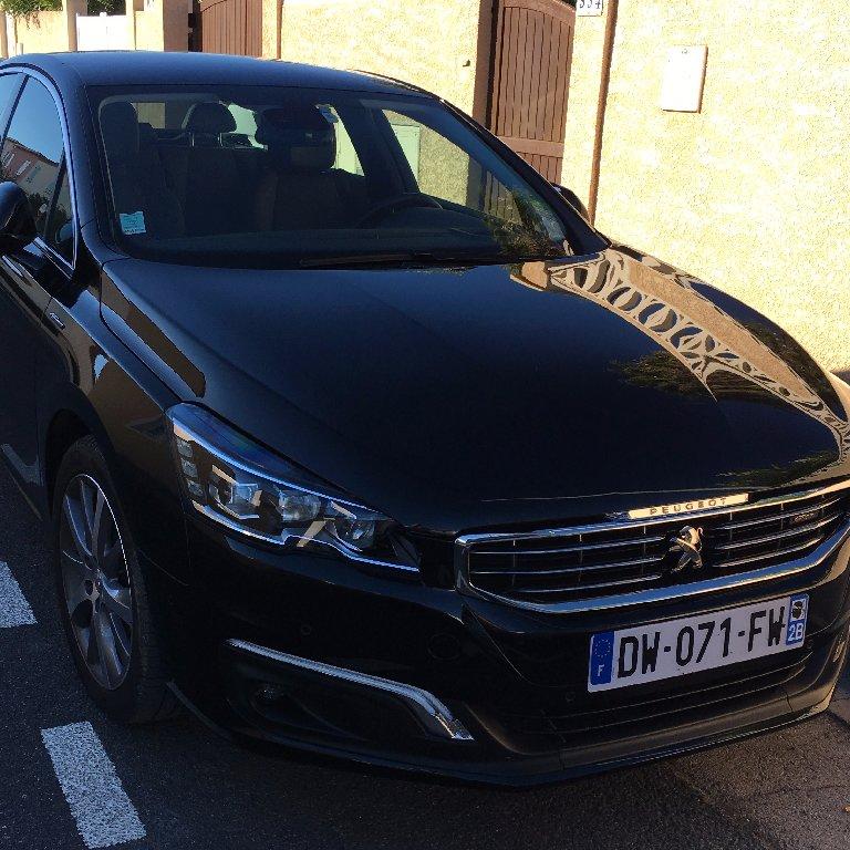 VTC Aigues-Mortes: Peugeot