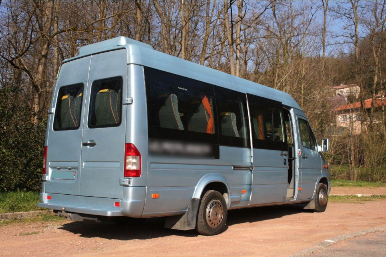 Coach provider Charbonnières-les-Bains: Mercedes