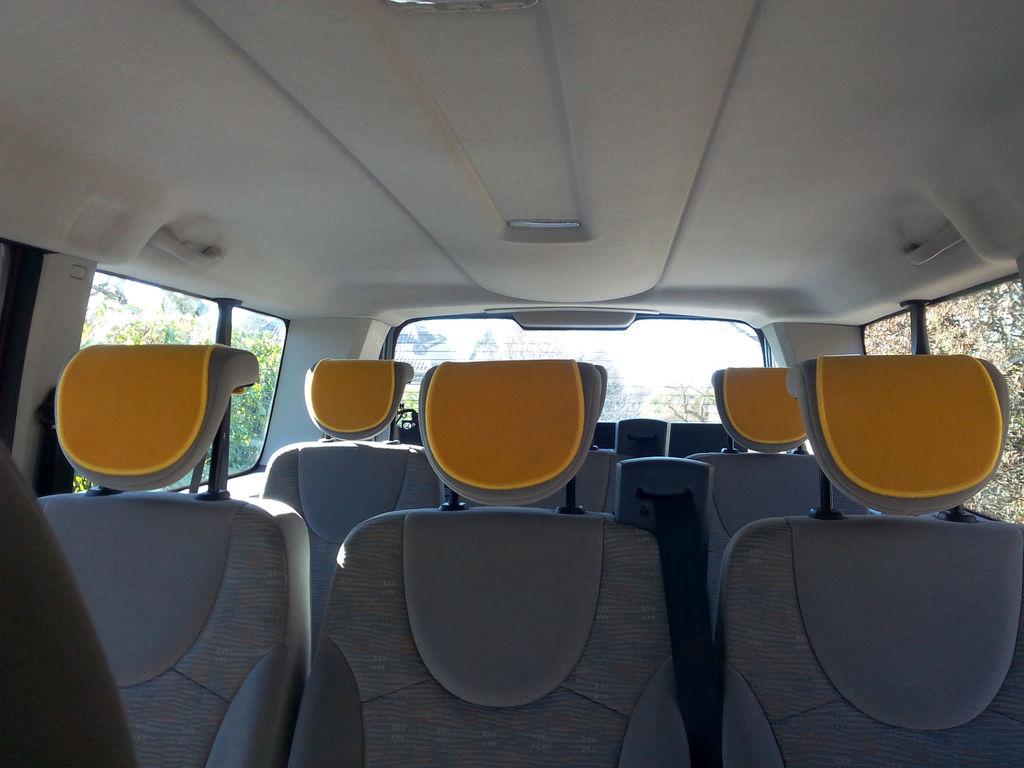 Coach provider Charbonnières-les-Bains: Citroën