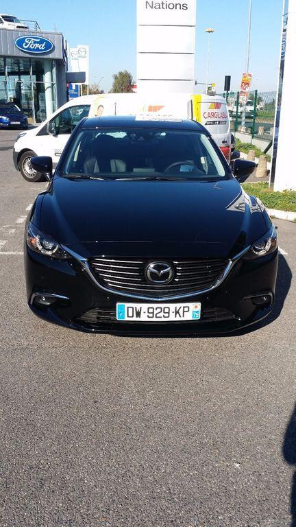Taxi Paris: Mazda