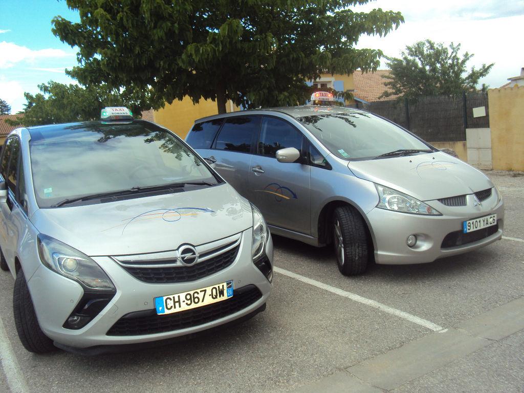 Taxi Romans-sur-Isère: Opel