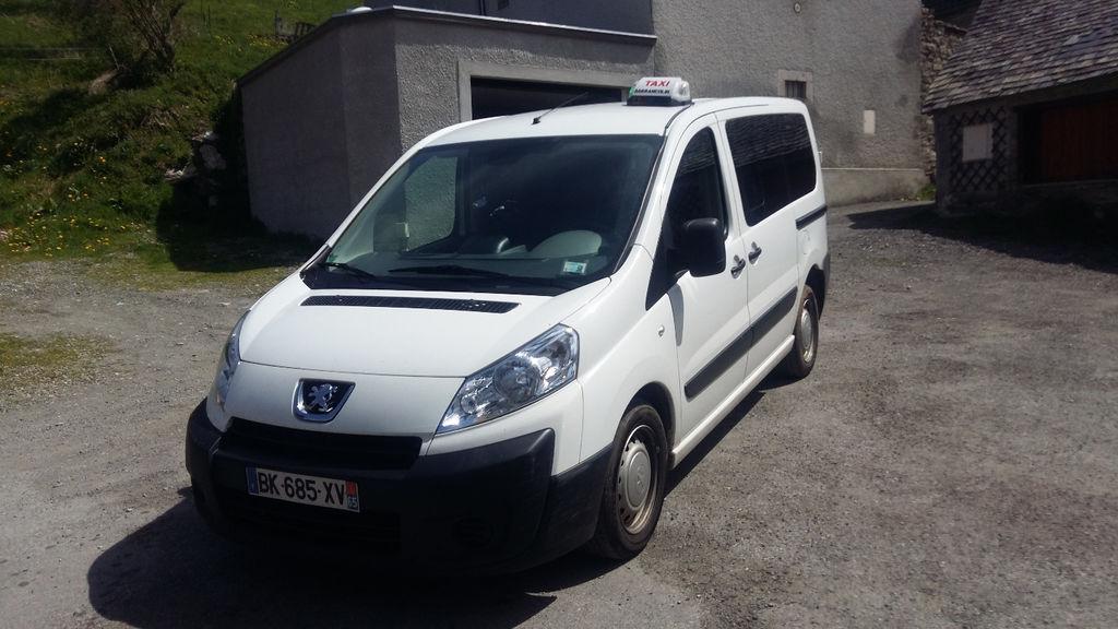 Taxi Sarrancolin: Peugeot