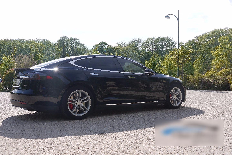 VTC Aix-en-Provence: Tesla