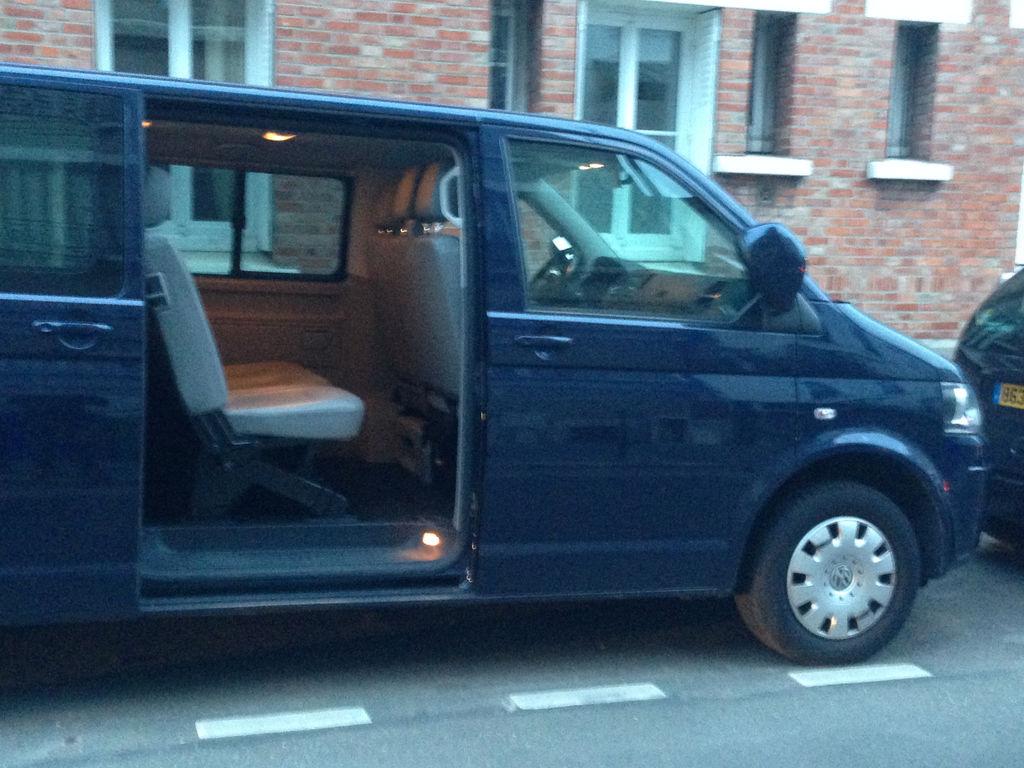 Taxi Courbevoie: Volkswagen