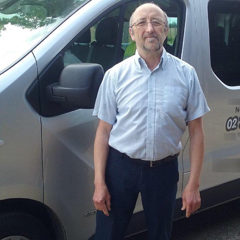 Taxi Notre-Dame-du-Hamel: Renault