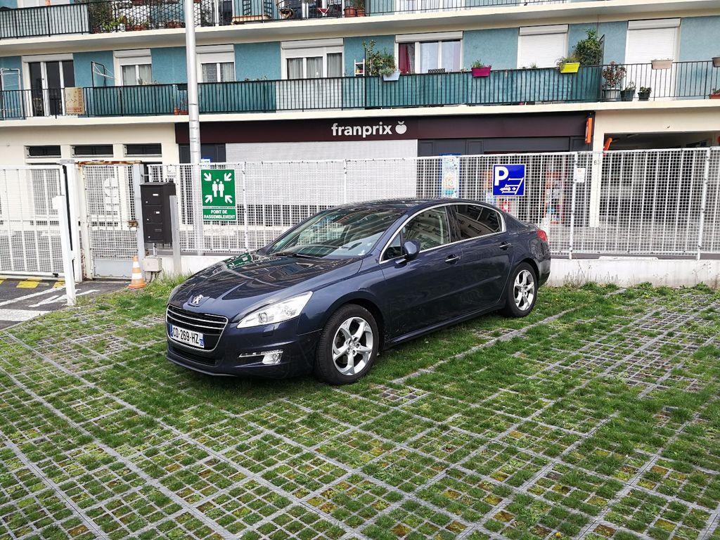 VTC Plaisir: Peugeot